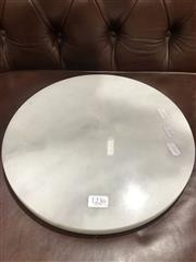 Sale 8700 - Lot 1079 - Round White Marble Cheese Board (D: 30cm)