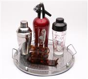 Sale 9035 - Lot 81 - Collection Of Vintage Bar Wares Including Cocktail Shakers And Accessories