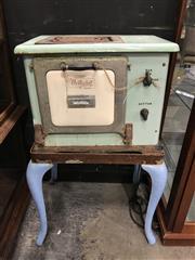 Sale 8787 - Lot 1012 - GE Vintage Enamel Stove