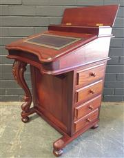 Sale 8979 - Lot 1013 - Mahogany Davernport Desk (h:85 x w:55 x d:54cm)