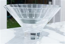 Sale 9150H - Lot 24 - A Mikasa crystal centre bowl, Diameter 27.5cm