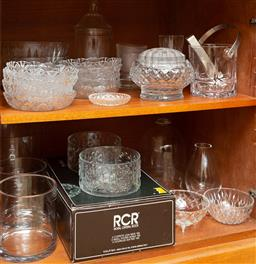 Sale 9164H - Lot 92 - Two shelf lots of glasswares