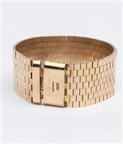 Sale 8590A - Lot 16 - A 9ct gold brick pattern link bracelet, 60gms, 19cm