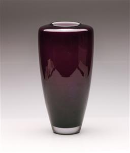 Sale 9122 - Lot 28 - Schott Zwiesel Saiku Purple Statement Vase (h:36cm)