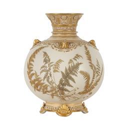 Sale 9245J - Lot 32 - A fine Royal Worcester twin handle vase, with raised fern decoration, H 15cm x W 13cm.