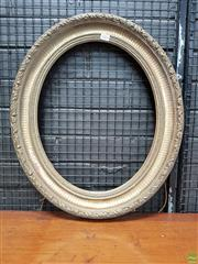 Sale 8617 - Lot 1093 - Victorian Gilt Gesso Oval Picture or Mirror Frame, with moulded floral ribbon border