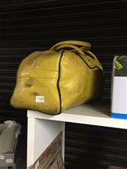 Sale 8765 - Lot 1048 - Vintage Gallant Sports Bag