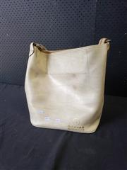 Sale 9034 - Lot 1092 - Vintage Qantas Carry Bag
