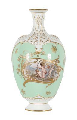 Sale 9245J - Lot 37 - A Royal Worcester cabinet vase, with floral decoration, H 18cm x W 10cm.