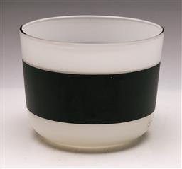 Sale 9131 - Lot 79 - Anne Nilsson art glass vase (H:13.5cm)