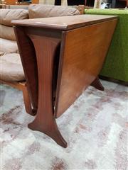 Sale 8930 - Lot 1059 - G-Plan Drop Leaf Table
