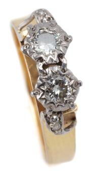 Sale 9046 - Lot 395 - AN 18CT GOLD DIAMOND RING; illusion set with 2 round brilliant cut diamonds totalling approx. 0.22ct between shoulders each applied...