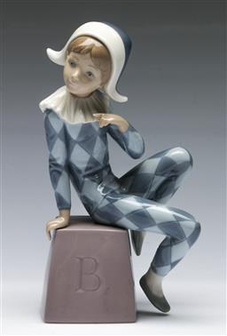 Sale 9156 - Lot 3 - A Lladro Renaissance themed sitting lad (H:21cm)
