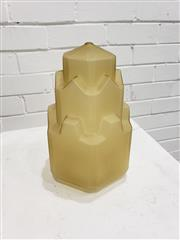 Sale 9080 - Lot 1094 - Amber glass art deco light fitting (h:27cm)