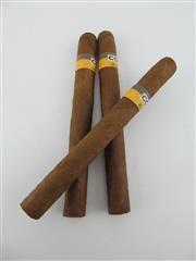 Sale 8411 - Lot 617 - 3x Cohiba Siglo V Cigars, Havana - loose cigars removed from humidor, 17cm