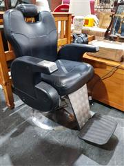 Sale 8680 - Lot 1037 - Modern Leather Upholstered Barber Chair