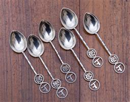 Sale 9190H - Lot 62 - A set of 6 Chinese hallmarked sterling silver spoons C: early 1900s