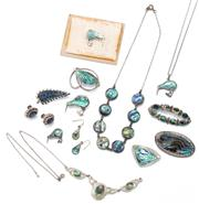 Sale 9052 - Lot 161 - Vintage Silver Paua Shell Jewellery; 2 necklaces (1 chain broken), lengths 42cm, 2 pairs of earrings on screw and shepherds hook fit...