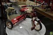 Sale 8507 - Lot 1078 - Radio Flyer Kids Tricycle