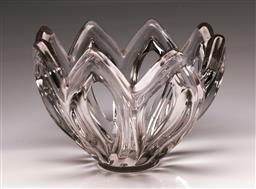 Sale 9110 - Lot 93 - A large pierced crystal table centrepiece, for Art Vannes, signed to base, (W:23cm)