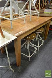 Sale 8480 - Lot 1115 - Pine Kitchen Table
