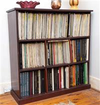 Sale 8735 - Lot 15 - A mahogany open bookshelf with seven bays. H 116cm x W 115cm x D 40cm