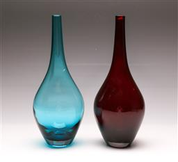 Sale 9110 - Lot 85 - A harlequin pair of Scandinavian MCM cased glass vases, (H:30cm)