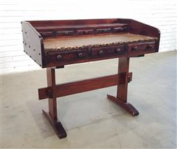 Sale 9154 - Lot 1069 - Timber 8 drawer leather top desk (h92 x w107 x d63cm)